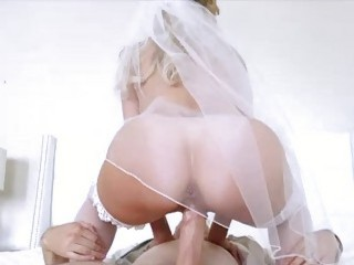 Mature bride Brandi Love joins the young couple's fucking session