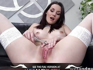 Brunette Hottie Oils Up And Fucks Her Pussy