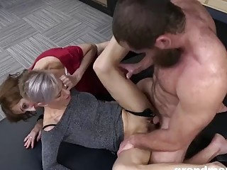 Two grannies make out before being pounded in a threesome